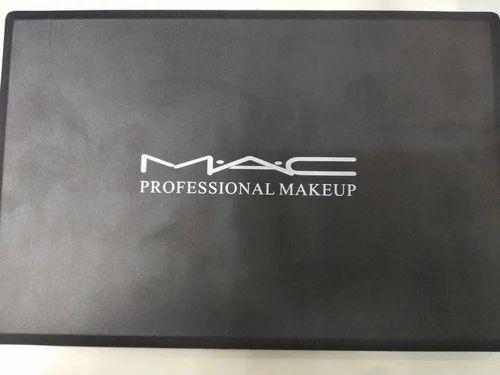 Mac Professional Makeup Concealer