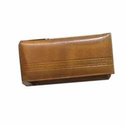 Regular Ladies Brown Leather Wallet