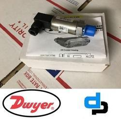 Dwyer 628-82-GH-P3-E4-S1 Pressure Transmitter 0-70 Bar