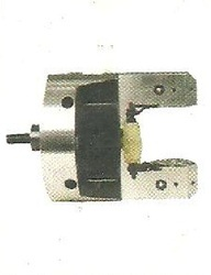 Power Operated Hand Indexing Chuck, For Industrial