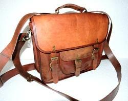 Vintage Leather Shoulder Bag Cum Backpack