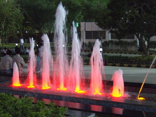 Cluster Jet Fountains