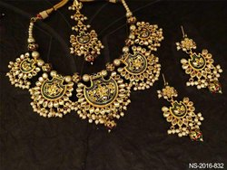 Meenakari Kundan Pankhi Necklace Sets