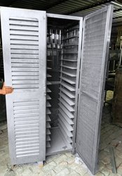Display Rack Stainless Steel Body 150 rs Per kg By Weight