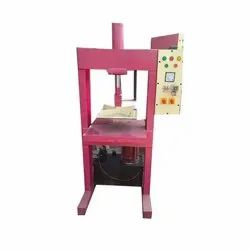 Hydraulic Chappal Making Machine