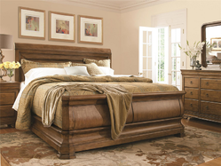New Lou Louie P's Sleigh Bed (Queen) 07175B
