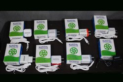 1.2 M White Mobile Charger