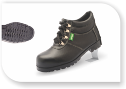 Heat Resistance Mid Ankle Nitrile Rubber Safety Shoes