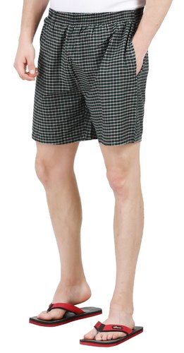Casual & Leisure Wear Cotton Mens Woven Shorts, Size: S - 2XL