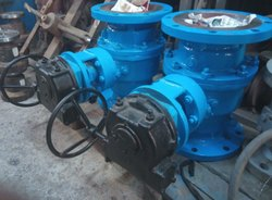 Swaami. Stainless Steel Industrial Ball Valve, Flange End,Screwed End., Material Grade: A216 Gr.wcb