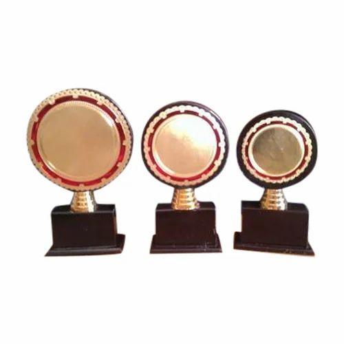 Designer Wooden Trophy At Rs 40 Piece