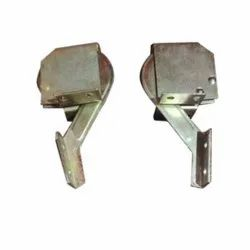 Bonnet Hinges assembly (Bolero)