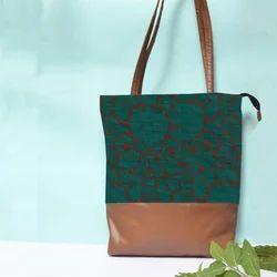 Printed Ladies Designer Hand Bag