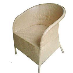 Universal Furniture Honey Color Wicker Sofa Chair