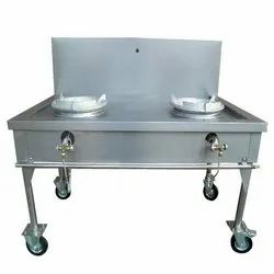 SS Four Wheel Burner Cooking Range