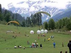 himachal Family Tour Services, Delhi, Seating Capacity: 4