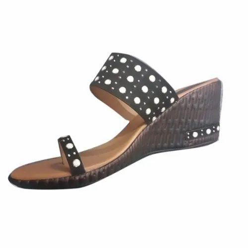 9033f8d6b Ladies Black Slipper at Rs 235 /pair   Ladies Pu Slippers   ID ...