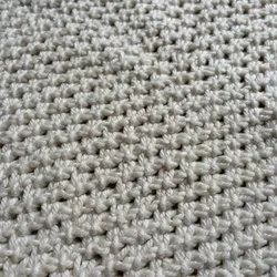 White Knitted Fabric, GSM: 150-200, for Sweaters