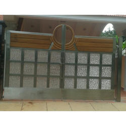 SS Wooden Glass Gate