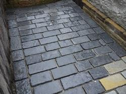 Antique Finished Cobbles