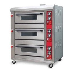 Gas 3 Deck 6 Tray Oven