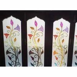 Multicolor Window Colourful Toughened Glass, Shape: Rectangle, Size: 6-8 (h) X 8-14 (w) Feet