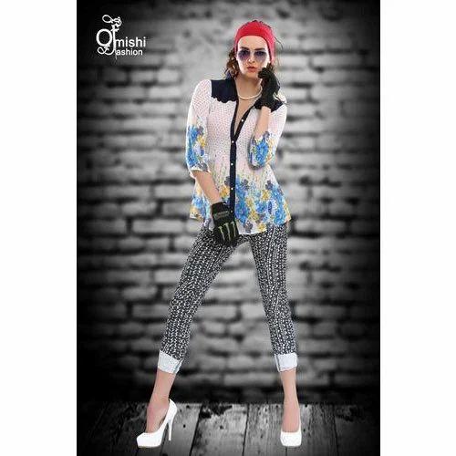 137fb6d1b42582 Ladies Jeans   Top
