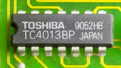 Flip-Flops CONV-DIP - 14 IC TC4013BP Toshiba