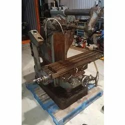 Used & Old Universal Milling Machine