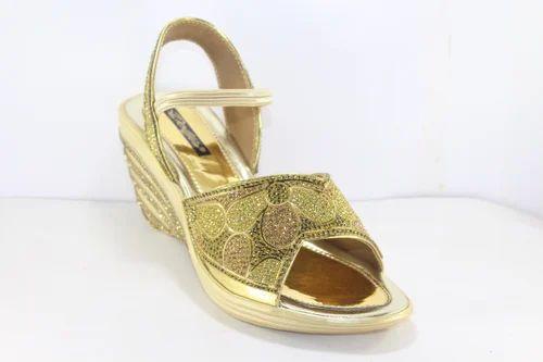 d1d11becdc8279 Party Wear Girls Sandal