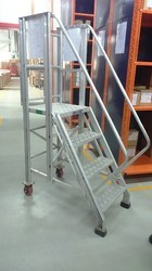 Aluminum Wide Step Ladder