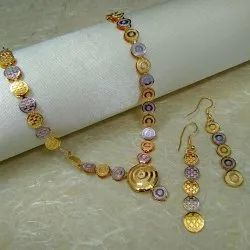 Golden Mumbai Immitation Jewellery Two-Tone Necklace Set, Occasion: Party,Anniversary