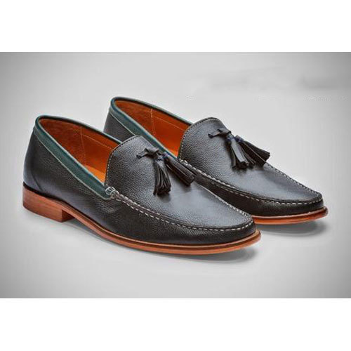 Casual Wear Men' s Leather Black Loafer, Packaging Type: Box
