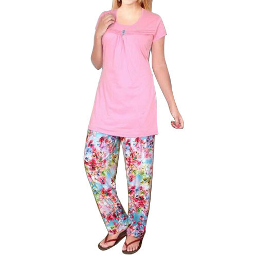 Cotton Full Length Ladies Printed Night Suit 158b558db