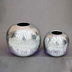 Decorative Aluminium Metal Round Vase Nickel Finish