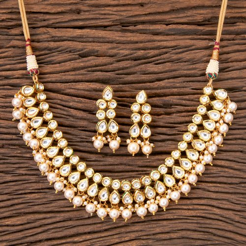 Wedding Wear Kundan Classic Necklace With Gold Plating 41070