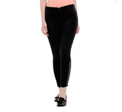 Ladies Low Rise Relax Fit Jeans