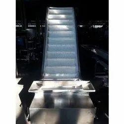 Flight Conveyor System