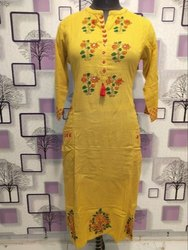 Cotton Casual Wear Ladies Fancy Embroidered Kurtis, Machine wash
