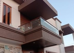 Floor Mounting Aluminium Balcony Railing, Material Grade: 6063