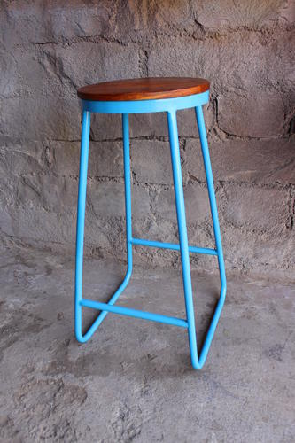 Excellent Metal Pipe Bar Stool With Wood Top Evergreenethics Interior Chair Design Evergreenethicsorg