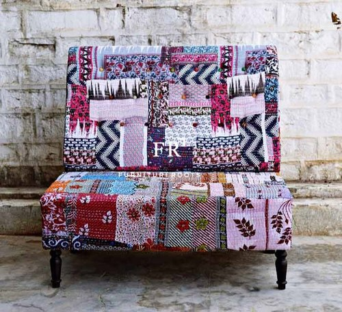 Multicolor Traditional Vintage Fabric Sofa for Restaurants