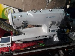MUSEE Electronic HI - Speed ZigZag machine