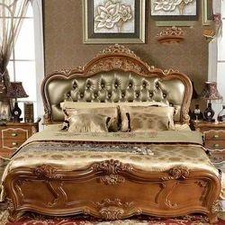 Wooden Bedroom Bed, Size:  6 x 5 feet
