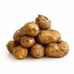 Yellow A Grade Fresh Potatoes, Packaging Size: 50