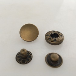 Round Snap Buttons