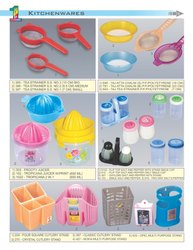 Kitchen Wares/Juicers