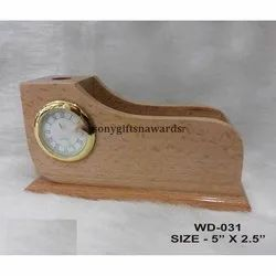 Shoe Shaped Wooden Penstand With Clock