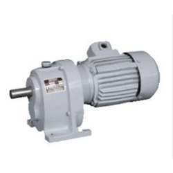 5hp Three Phase Geared Motor, Voltage: 240v