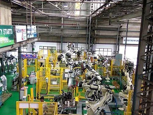 SPOT WELDING ROBOTIC AUTOMATION